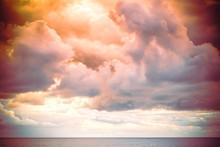 Bouřkové Mraky Nad Mořem