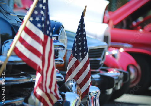 Fotografía  American Flags and Chrome, a Fourth of July Car Show