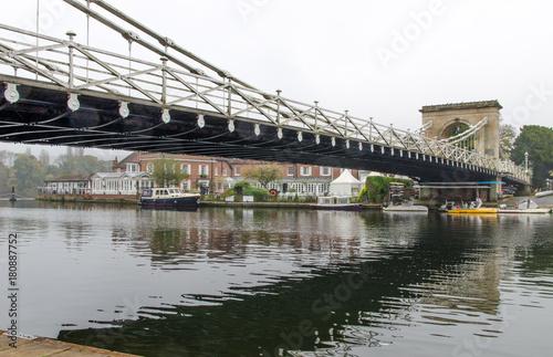 Photo Under the bridge
