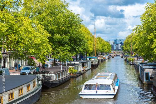 Plakat Amsterdamskie kanały i łodzie, Holandia, Holandia.