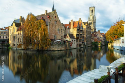Foto op Aluminium Brugge Autumn in Bruges
