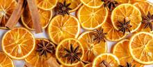 Getrocknete Orangen Mit Zimt Und Anis
