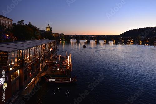 Plakat Zachód słońca w Pradze Charles Bridge