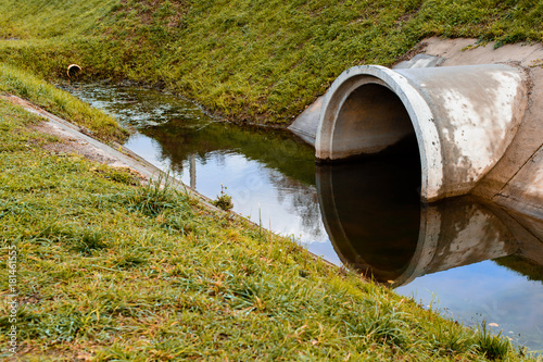 Vászonkép  Concrete culvert pipe hole system draining sewage water
