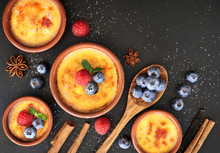 Creme Brulee With Berries And ...