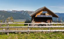 Wooden Shepherd Lodge With Alp...