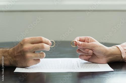 Fotografie, Obraz  Ótimo conceito de divórcio