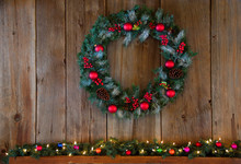 Christmas Winter Wreath Over M...