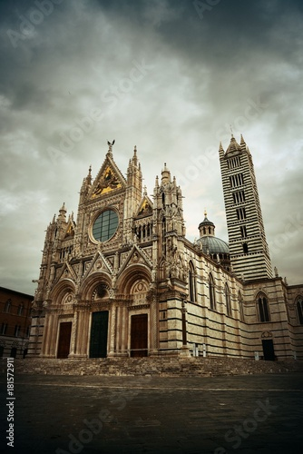 Fotografie, Obraz  Siena Cathedral in an overcast day