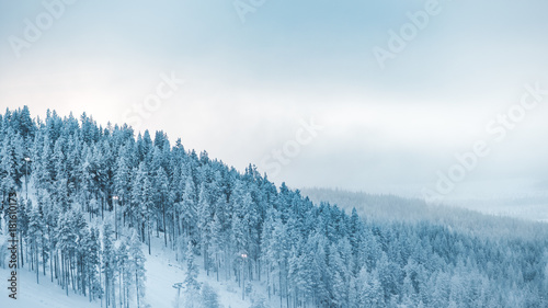 Photographie  Snowy mountains in lapland