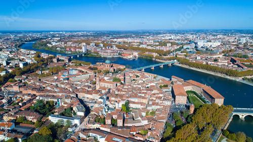 Photographie aérienne du centre-ville de Toulouse Canvas-taulu