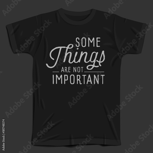 Photo  Hand drawn lettering slogan on t-shirt background