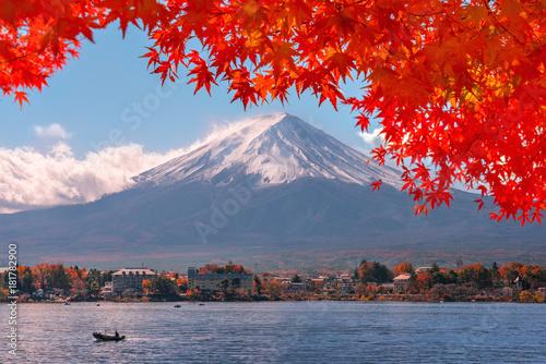 Jesień na górze Fuji w Japonii.