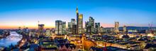 Frankfurt Skyline Panorama Bei Nacht