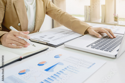 business start up analyzing a valuation investment Canvas Print
