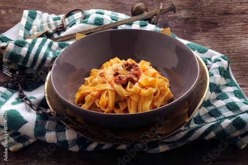 Tagliatelle al ragù Cucina italiana Italienische Küche イタリア料理 Итальянская кухня Obraz na płótnie