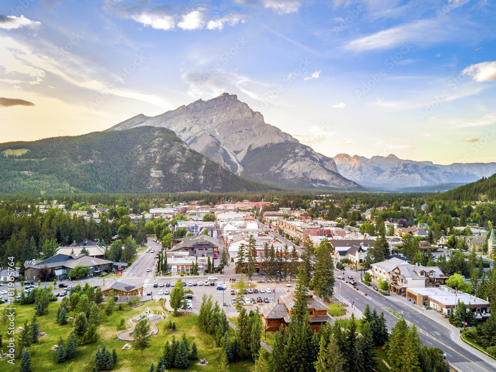 Fototapeta Amazing cityscape of Banff in Rocky Mountains, Alberta,Canada