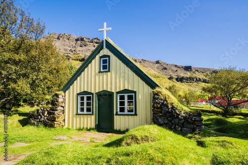 Photo Hofskirkja, typical icelandic church, Iceland