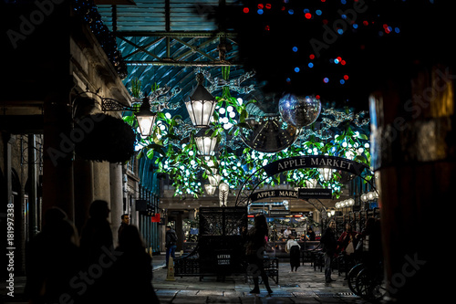 Photo Apple market of Covent Garden in Christmas, London