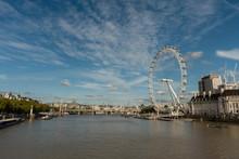 Panoramic Thames River Vista I...