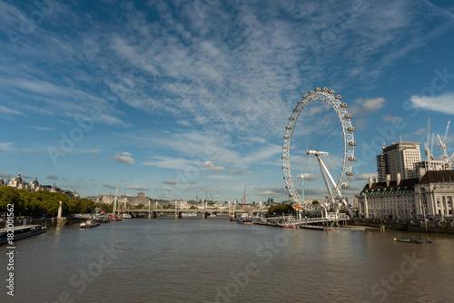 Fotografie, Obraz  Panoramic Thames river vista in London in late October