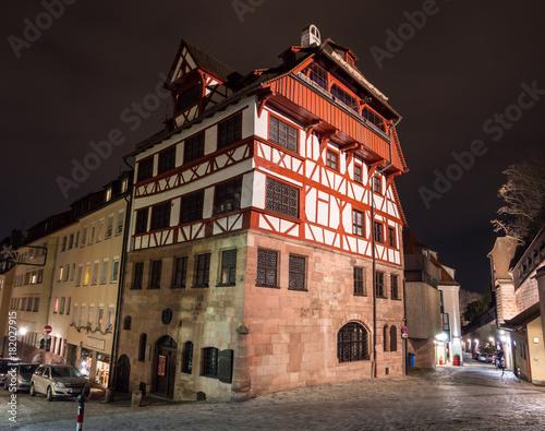 Albrecht Dürer Haus am Abend,Nürnberg – kaufen Sie dieses ...
