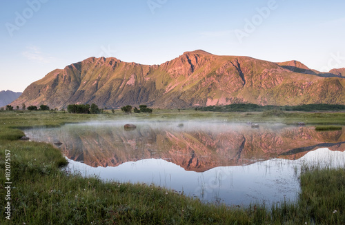 Foto op Aluminium Zalm Scenic mountain landscape with nice reflection at bright summer day in Lofoten Island, Norway