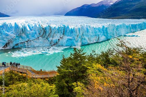 Printed kitchen splashbacks Glaciers The colossal Glacier
