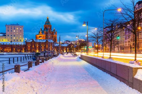 Montage in der Fensternische Skandinavien Winter in Helsinki