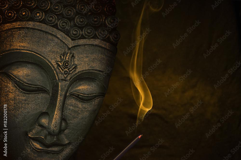 Fototapety, obrazy: Wizerunek Buddy z kadzidłem