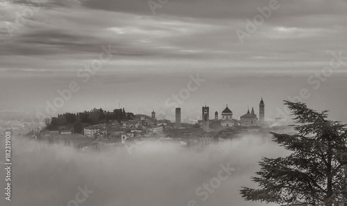 Canvas Print Bergamo In Fog