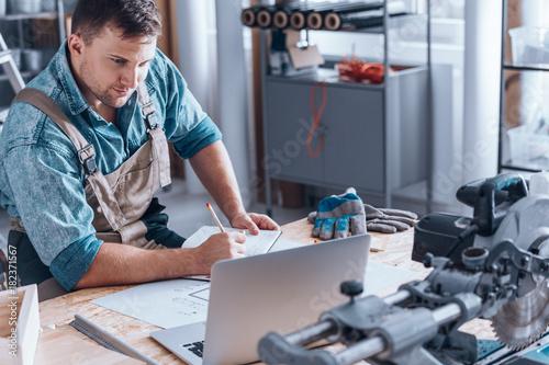 Satisfied self-employed engineer