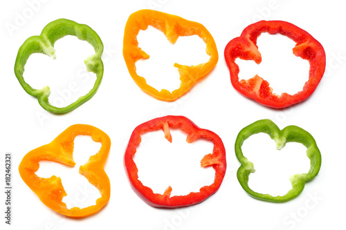 Cuadros en Lienzo  sliced sweet bell pepper isolated on white background. top view