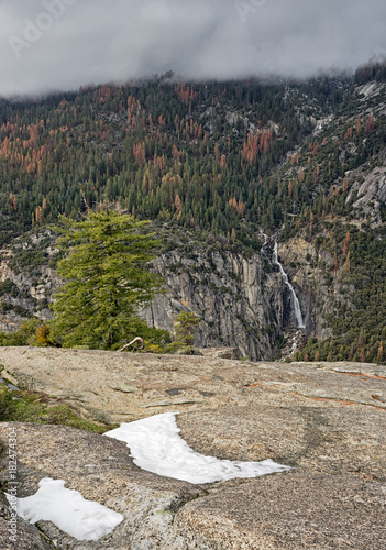 incoming storm in yosemite Valley Canvas Print