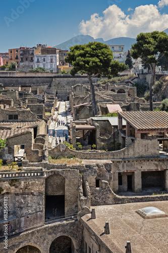 Fotobehang Midden Oosten Ercolano (Italy) - Archaeological area