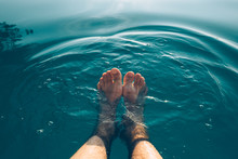 Male Feet In Outdoor Swimming ...