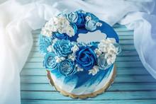 Beautiful Blue Wedding Cake De...