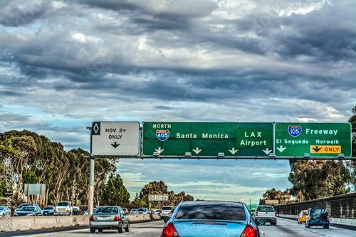 Staande foto Los Angeles Exit signs in 405 freeway in Los Angeles
