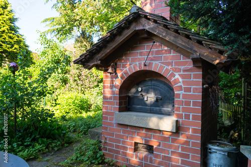 Gemauerter Garten Holz Backofen Mit Dach Buy This Stock Photo And