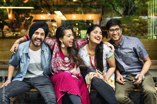 Valokuvatapetti Group of Indian people