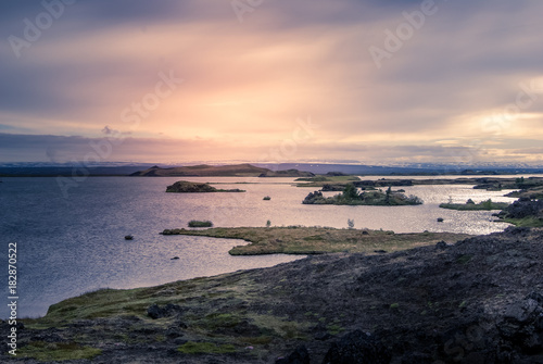 Foto op Aluminium Arctica iceland: panorama in the north with the sea