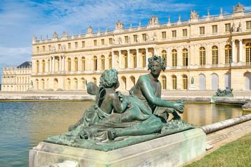 Pałac królewski w Wersalu pod Paryżem we Francji