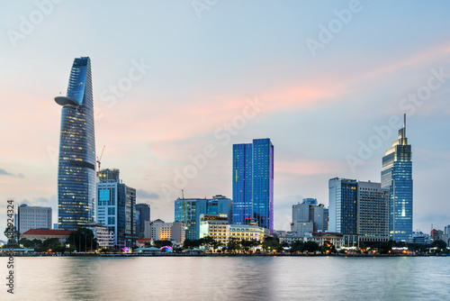 Foto  Skyscraper and other modern buildings of Ho Chi Minh City