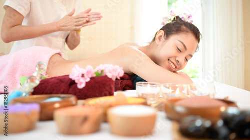 Fototapety, obrazy: Spa and massage : Thai massage and spa for healing and relaxation