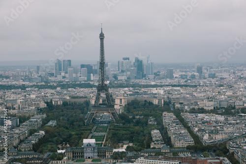 Obraz na dibondzie (fotoboard) Niesamowity widok na wieżę Eiffla.