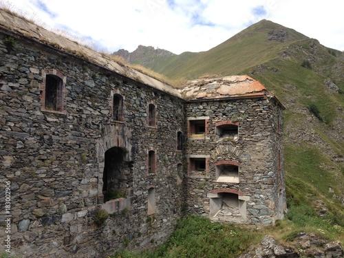Tuinposter Vestingwerk Forte del Colle delle Finestre