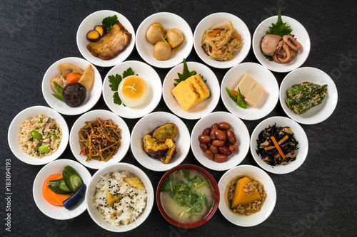 Fototapeta ごはんとおかずいろいろ Side dishes of rice japanese food obraz