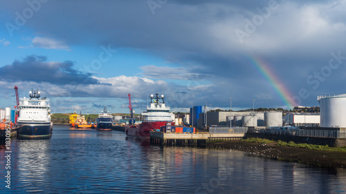 Valokuvatapetti Aberdeen HarbourTorry Scotland uk