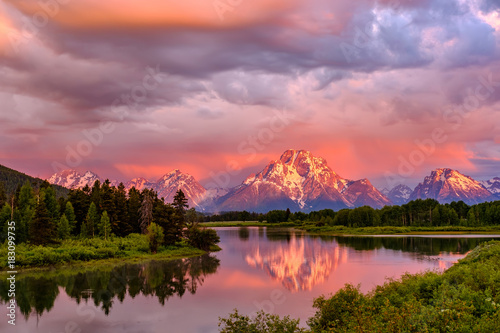 Tablou Canvas Mountains in Grand Teton National Park at sunrise