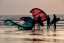 Early Evening Kite Surfing As ...